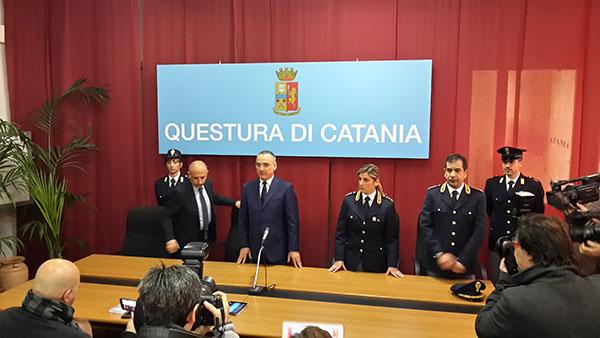 polizia amministrativa la questura di catania da contezza