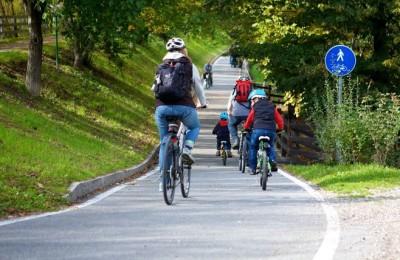 la-pista-ciclabile-della-val-venosta-bici