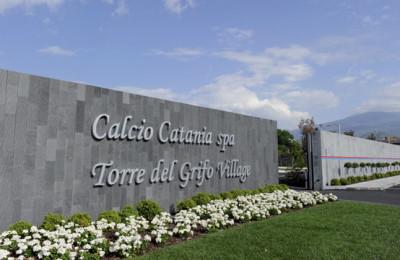torre-del-grifo-village-catania