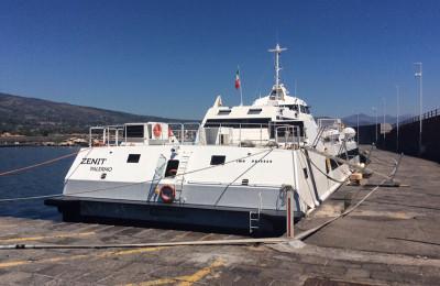 zenit-catamarano