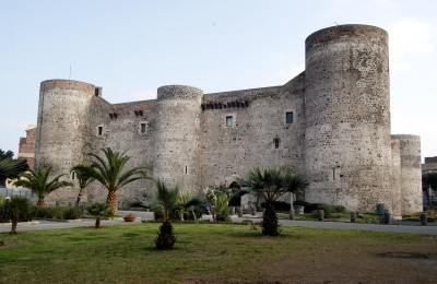 20061211 CATANIA : Castello Ursino. ORIETTA SCARDINO