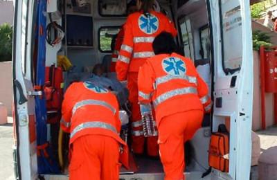 soccorso-con-ambulanza-2