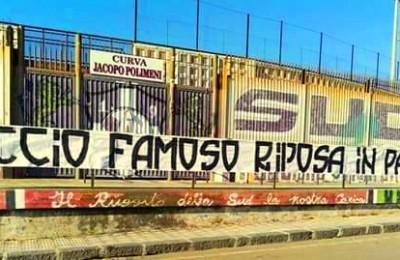 Esposto al Tupparello uno striscione in omaggio a Ciccio Famoso, storico ultra del Catania venuto a mancare in questi giorni