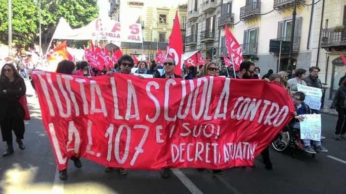Scuola: corteo di protesta a Palermo