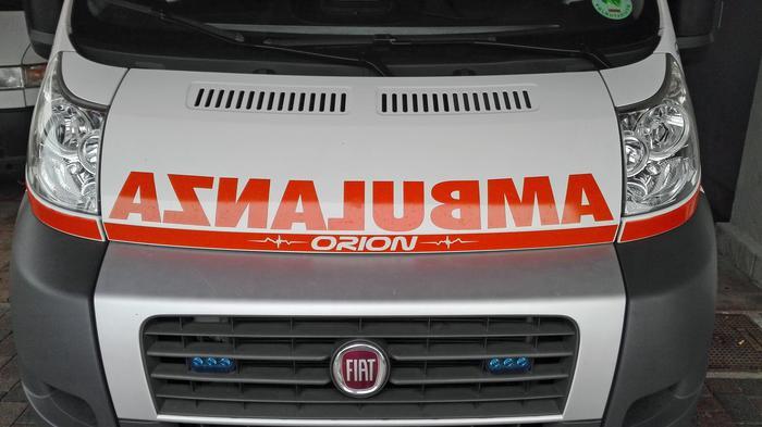 Sanita': ambulanza, immagine d'archivio. ANSA/Roberto Ritondale