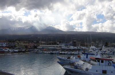 Riposto e il suo Porto dell'Etna
