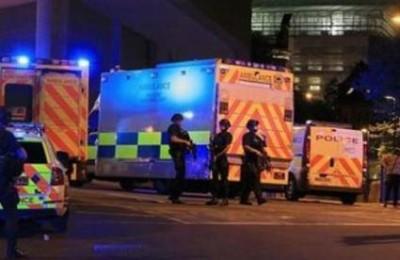 uk-bomba-con-chiodi-alla-manchester-arena-19-morti-e-50-feriti-tra-la-folla-al-concerto-di-ariana-grande_1343245