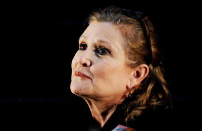 epa06032586 (FILE) - US actress Carrie Fisher at the Supanova Pop Culture Expo at Homebush in Sydney, Australia,  23 June 2013. According to media reports the death of Fisher was caused by sleep apnea and other factors.  EPA/TRACEY NEARMY AUSTRALIA AND NEW ZEALAND OUT