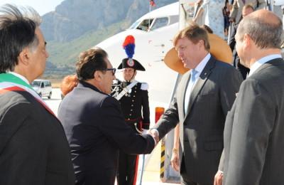 Reali d'Olanda accolti da Crocetta a aeroporto di Palermo