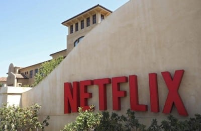 epa05111097 (FILE) A file picture dated 20 August 2015 of an exterior view on the Netflix Corporate headquarters in Los Gatos, California, USA. Netflix is to release their 4th quarter 2015 results on 19 January 2016.  EPA/JOHN G. MABANGLO